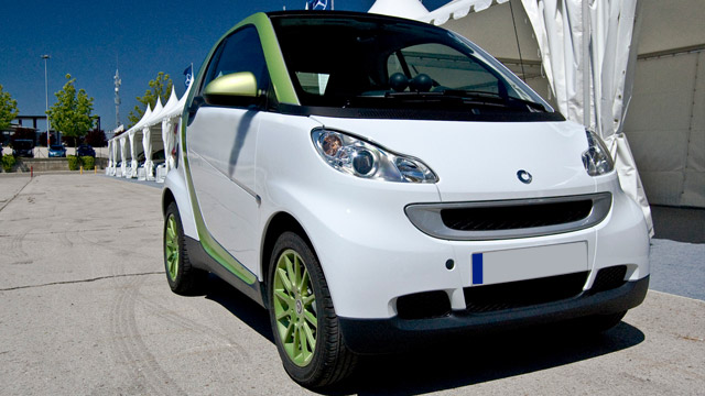 Service and Repair of Smart Vehicles