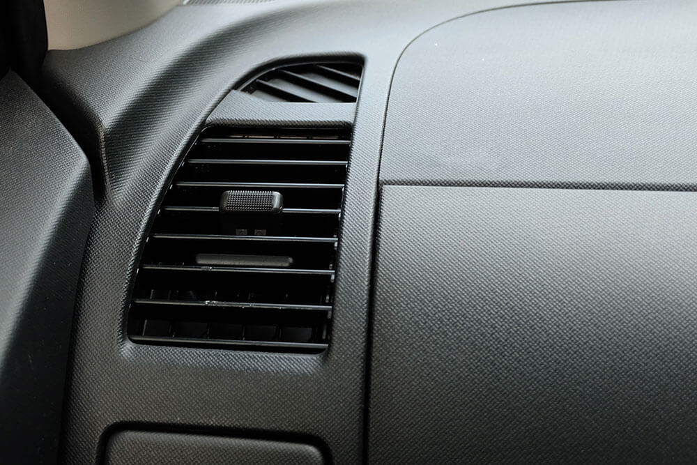 Why Isn't My Car's AC Blowing Cold Air?